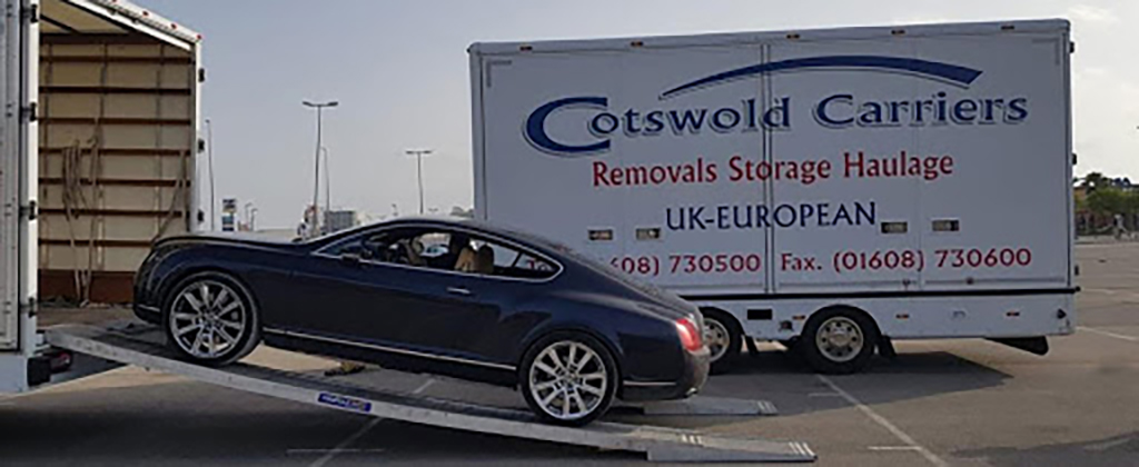 Hire Cotswold Carriers